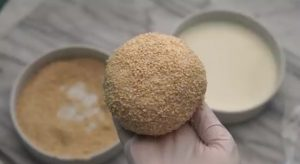 طريقة عمل خبز البالون بالسمسم