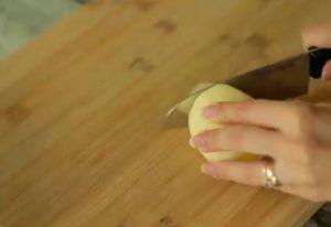 طريقة البطاطس المحشية لحمة مفرومة